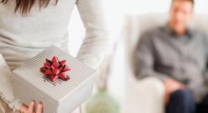 9-cadeaux-a-offrir-a-votre-homme-pour-noel-selon-le-statut-que-vous-lui-donnez-jpg